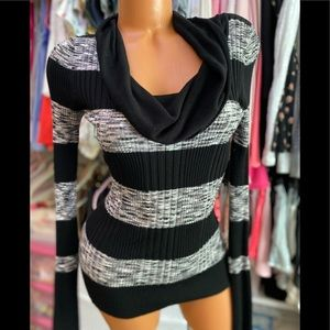 2 Items for $15! Black & Gray Stripped Cowl Neck Sweater M